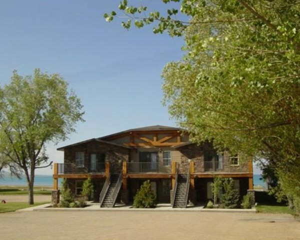Hotel Rental on the beach of Bear Lake